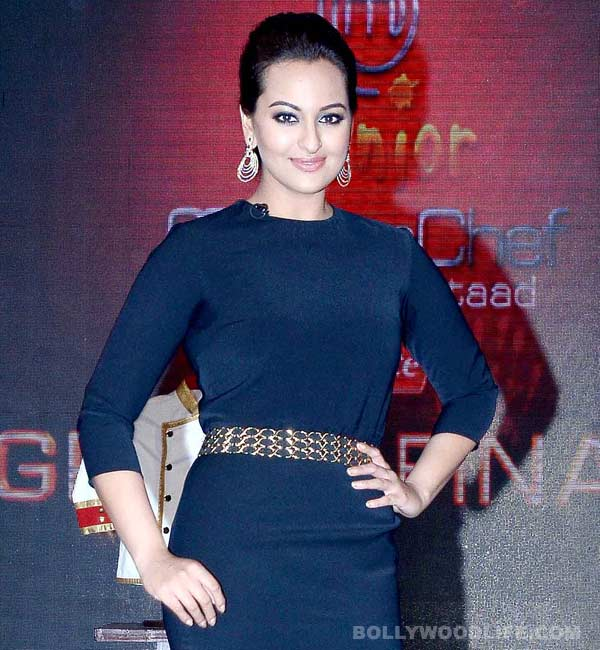 Sonakshi Sinha rubbishes rumours about fallout with Salman Khan!
