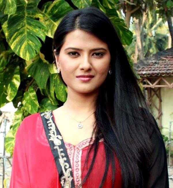What is Punar Vivah fame Kratika Sengar's big secret? Watch video!
