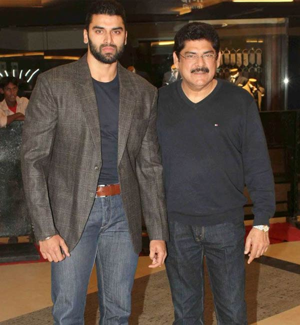 Why is Nikitin Dheer not a part of his father's My Father Godfather?