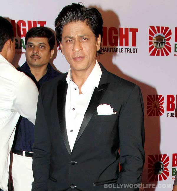 Shahrukh Khan wins Face of Romantic Music award!