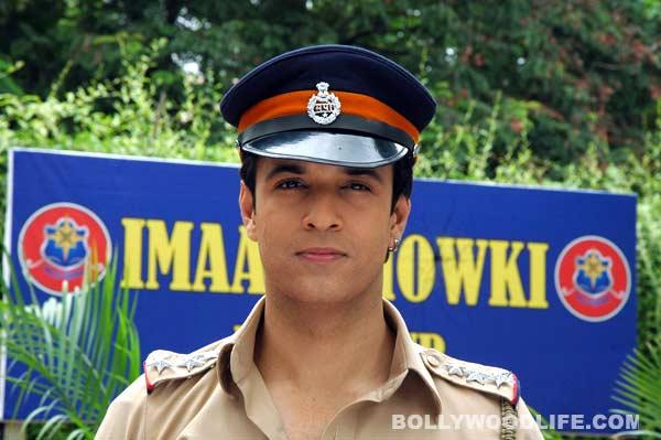 Aamir Ali returns as inspector Bajrang Pandey on FIR!