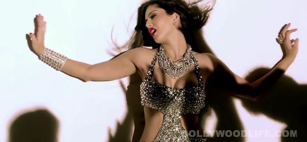 Sunny Leone's Baby doll spoofed in a not so sexy Baby Deol version - Watch video!