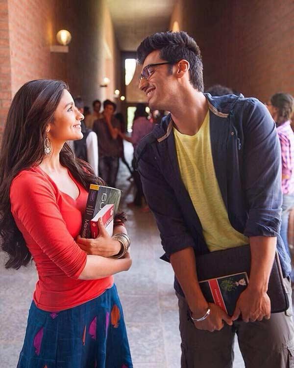 2 States song Locha-e-ulfat: Arjun Kapoor is madly in love with Alia Bhatt!
