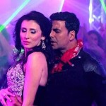 After Akshay Kumar, Claudia Ciesla to do an item song with Suniel Shetty?