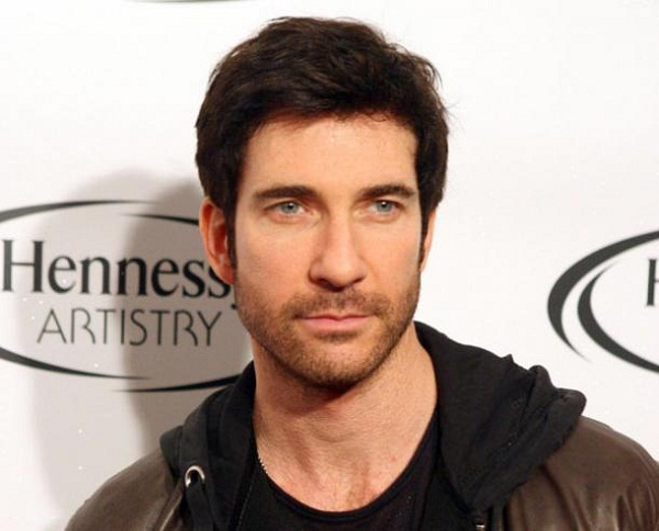 Dylan McDermott to play detective in Kevin Williamson's stalker drama!