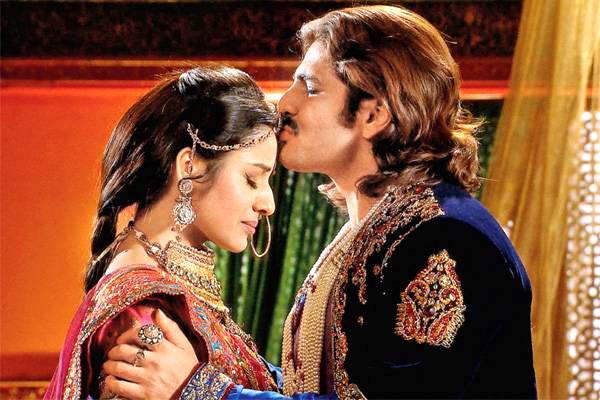 Paridhi Sharma and Rajat Tokas to finally make love in Jodha Akbar