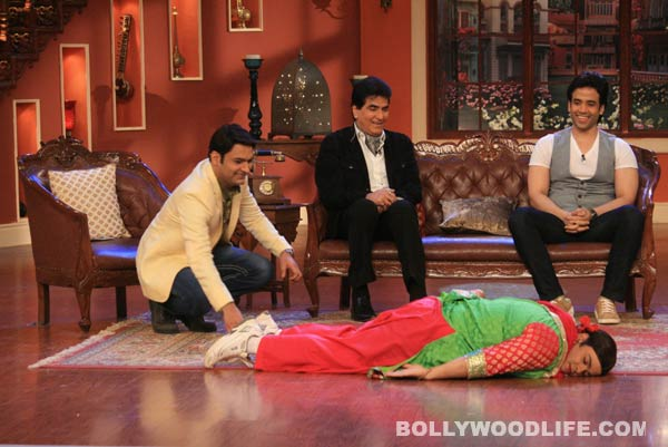 Jeetendra and Tusshar Kapoor reveal their secrets on Comedy Nights with Kapil - View pics!