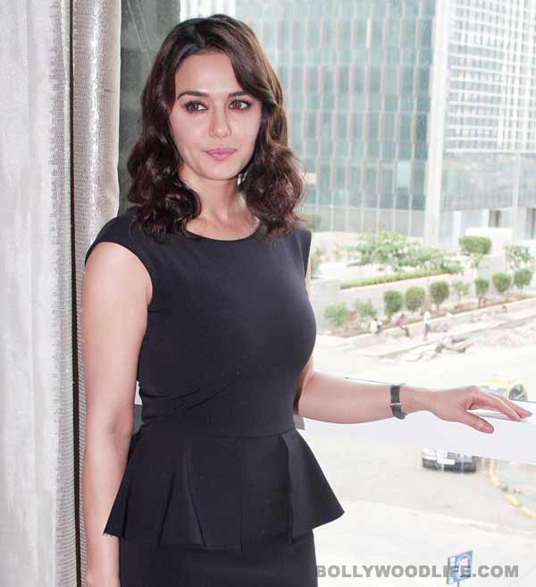 Preity Zinta denies joining hands with BJP against Congress!