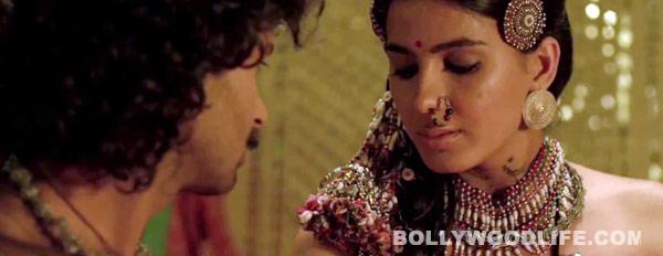 Jal new promo: What were Purab Kohli and Kirti Kulhari doing in a locked room?
