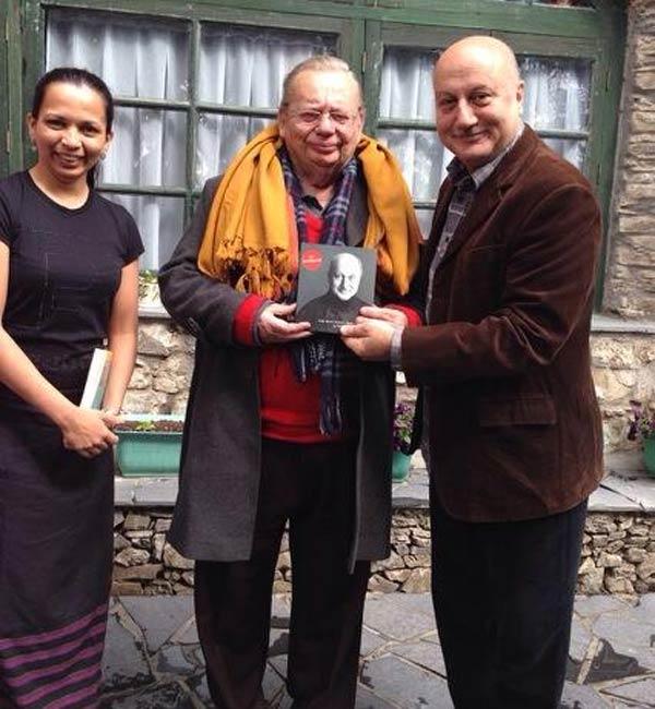 Anupam Kher: Met the legendary Mr Ruskin Bond. Jai Ho!
