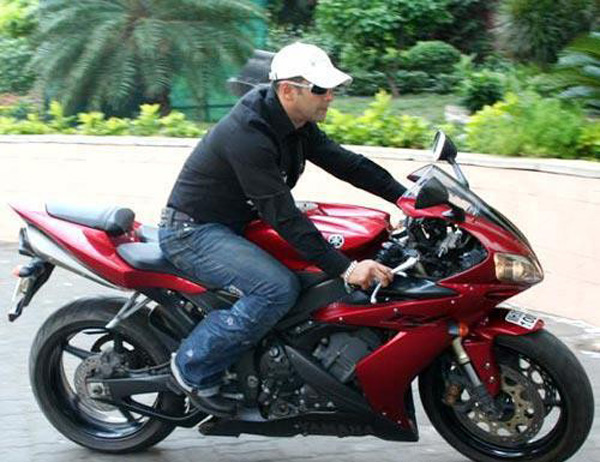 Who gifted Salman Khan a motorbike?