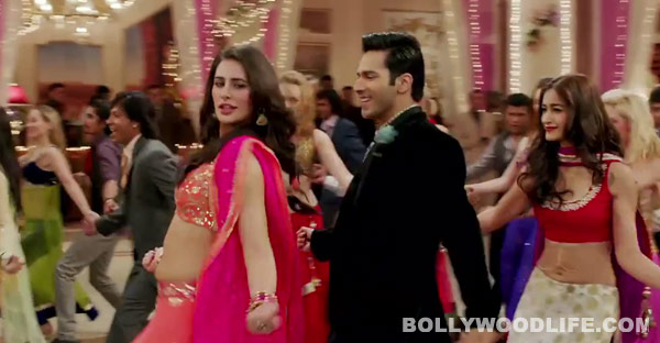 Main Tera Hero song Shanivaar raati: Watch Varun Dhawan's newest attempt to replace Govinda!