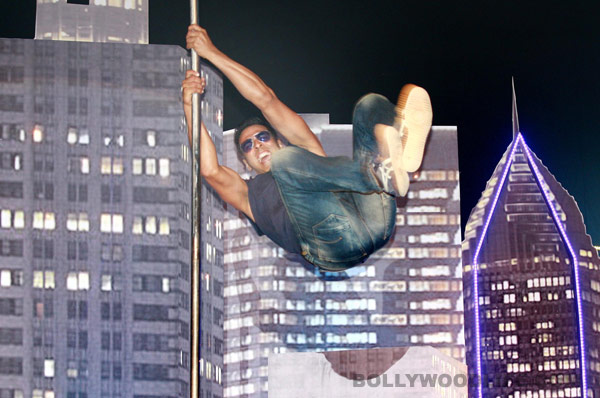 Is Akshay Kumar depriving the stuntmen of their payment?
