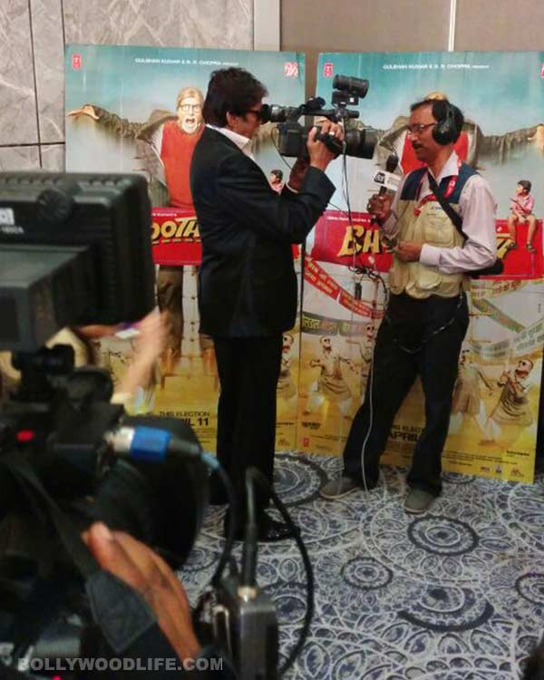 Amitabh Bachchan finally behind the camera – View pic!