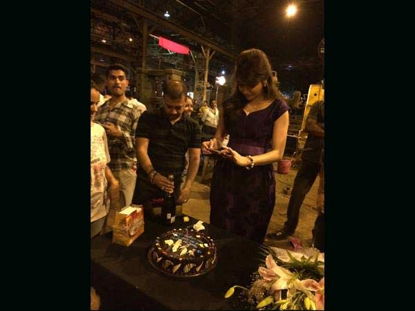 Why did Anushka Sharma get emotional on the sets of Bombay Velvet?