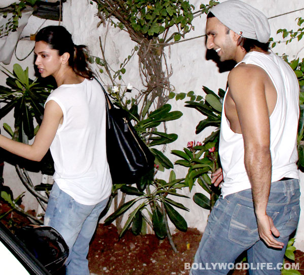 Lovers Deepika Padukone and Ranveer Singh spotted wearing matching clothes - View pics!