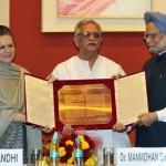 After Jeetendra, now Gulzar to receive Dadasaheb Phalke award!