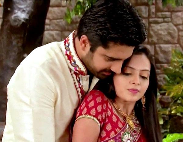 Iss Pyaar Ko Kya Naam Doon 2: Will Aastha manage to seduce Shlok?