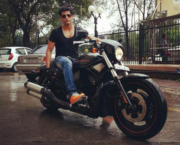 Will Qubool Hai be able to pull audiences with Karanvir Bohra's entry?
