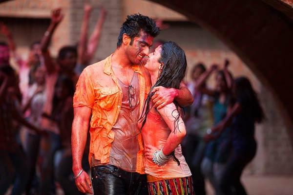 Mahesh Bhatt more impressed with Arjun Kapoor than Alia Bhatt in 2 States!