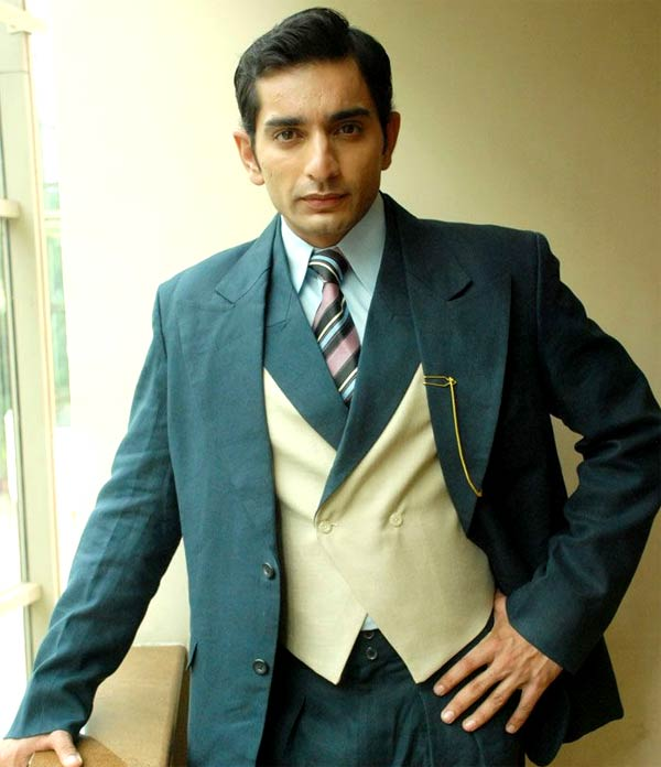 Gustakh Dil Laajo To Find Love In Siddhant Karnick