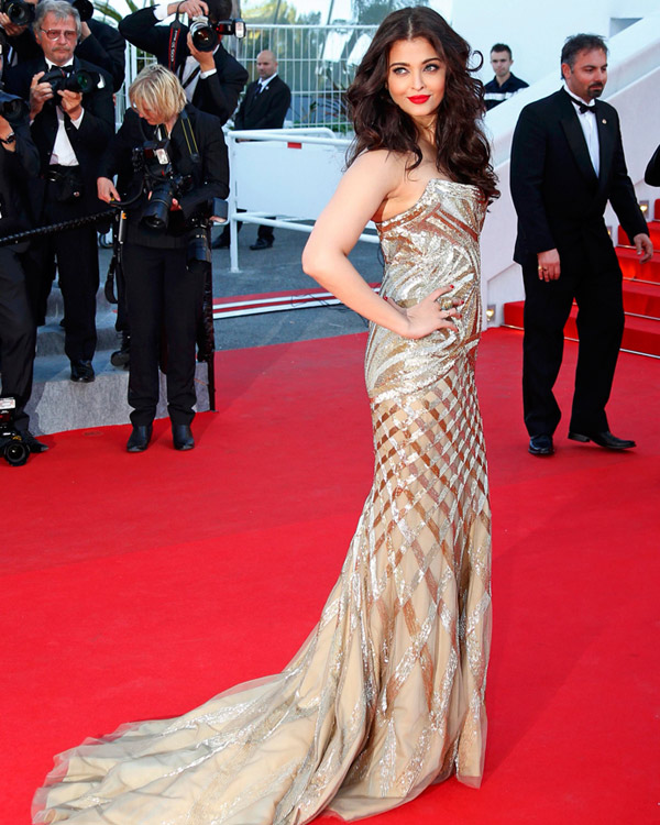 Aishwarya Rai Bachchan at Cannes Film Festival 2014: Elegance and glamour redefined!