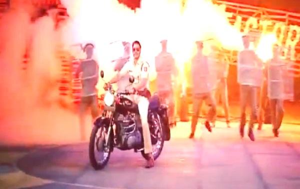 Khatron Ke Khiladi 5 finale: Ajay Devgn makes a dashing entry on the show - Watch video!