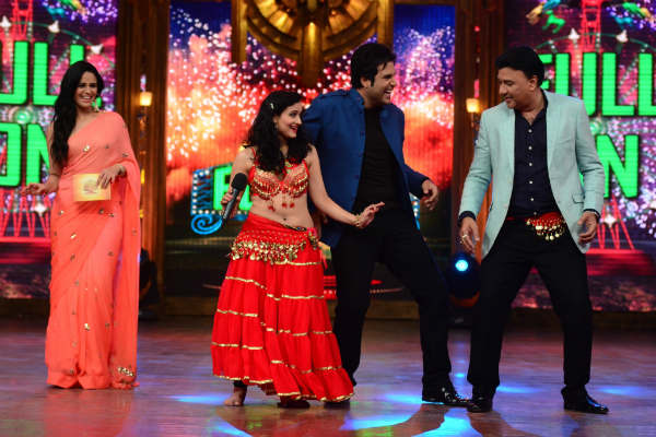 Entertainment Ke Liye Kuch Bhi Karega: Anu Malik does a belly dance – View pics!