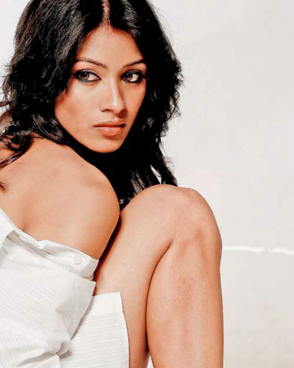 Barkha Bisht Sengupta to play a gangster in Encounter