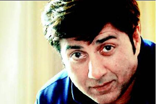 Sunny Deol to go bald for Ghayal Returns