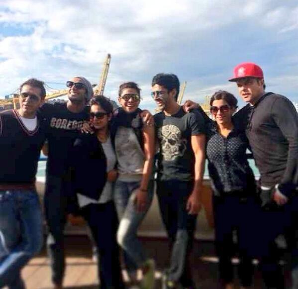 Ranveer Singh, Priyanka Chopra, Farhan Akhtar have a blast while shooting for Dil Dhadakne Do – view pic!
