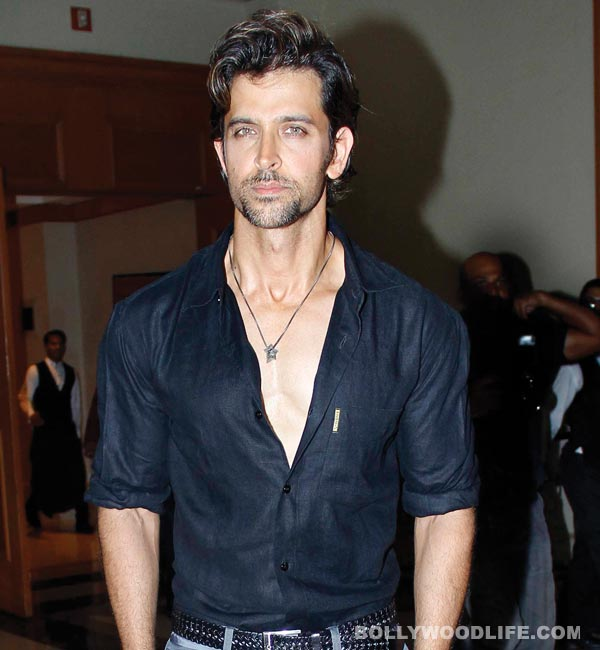 Why does Hrithik Roshan travel in three cars?