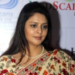 Election Results 2014: Controversy queen Nagma fails in Meerut!