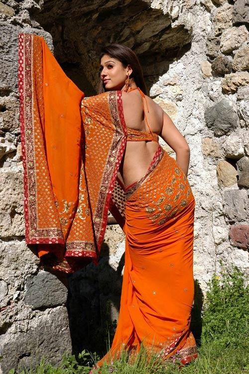 Nayantara set to scorch the screen in Rajinikanth's Lingaa!