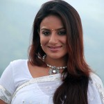 Pooja Gandhi to play Veerappan's widow on celluloid