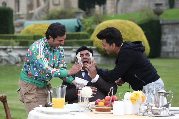 Saif Ali Khan and Riteish Deshmukh give Ram Kapoor a facial for Humshakals?