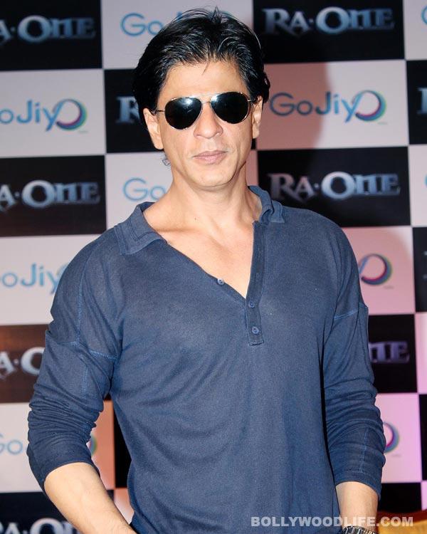 Shahrukh Khan tweets acting gyaan