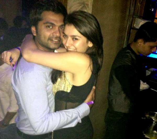 Is Simbu missing Hansika Motwani?