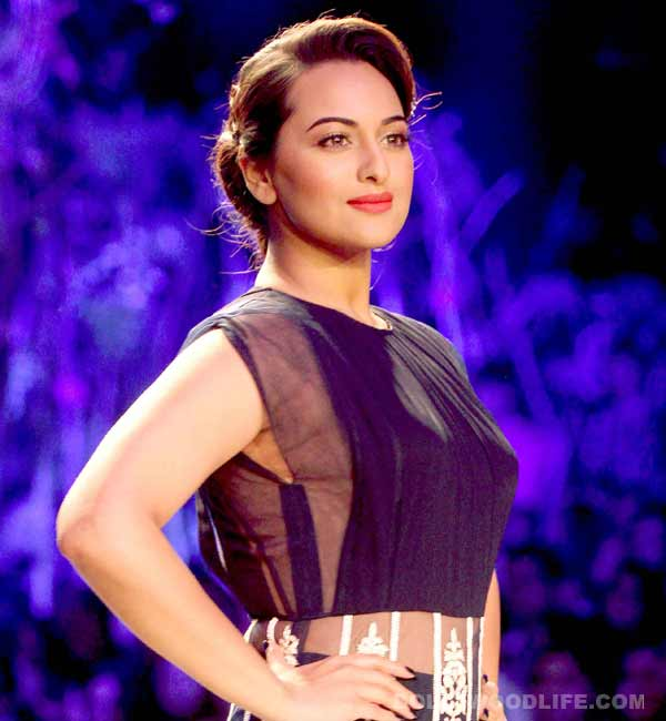 Sonakshi Sinha might become a producer soon