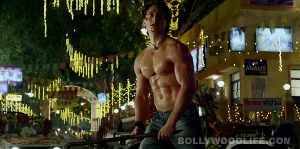 Heropanti dialogue promo: A shirtless Tiger Shroff impresses, but fails when he speaks!