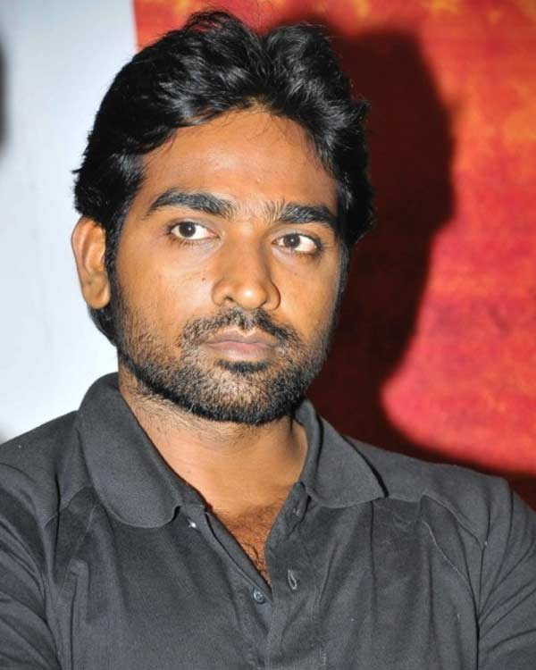 Who will Vijay Sethupathi romance in Vasanthakumaran?