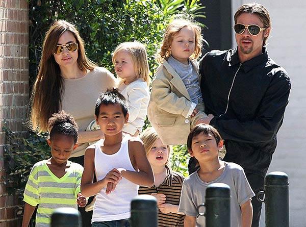 What did Angelina Jolie ask Bratt Pitt before casting daughter Vivienne Jolie Pitt?