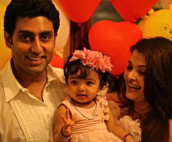 Aaradhya spends time with Abhi-Ash on the sets of their ad film!