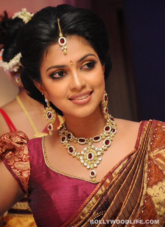 After Amala Paul's exit, Vastha Nee Venuka gets shelved
