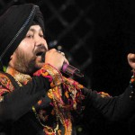 Daler Mehndi's Stop the fight-Lakhon hue fanaah composed in one night!