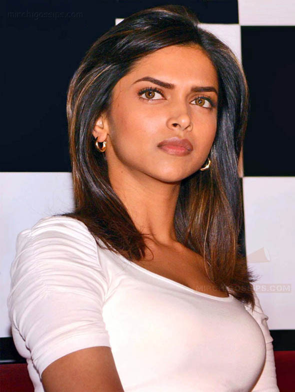 Why did Deepika Padukone turn down Vijay's film?