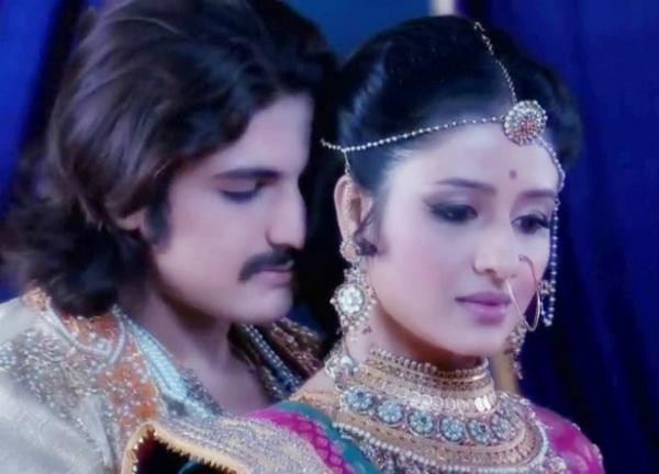Jodha Akbar: Paridhi Sharma open to do intimate scenes with Rajat Tokas!