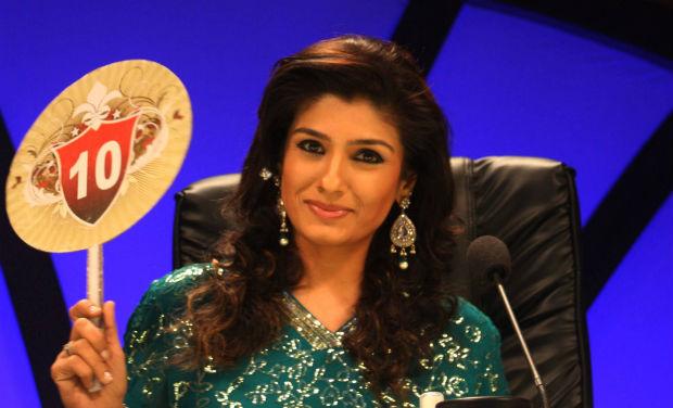 Raveena Tandon wields a sword in Entertainment Ke Liye Kuch Bhi Karega