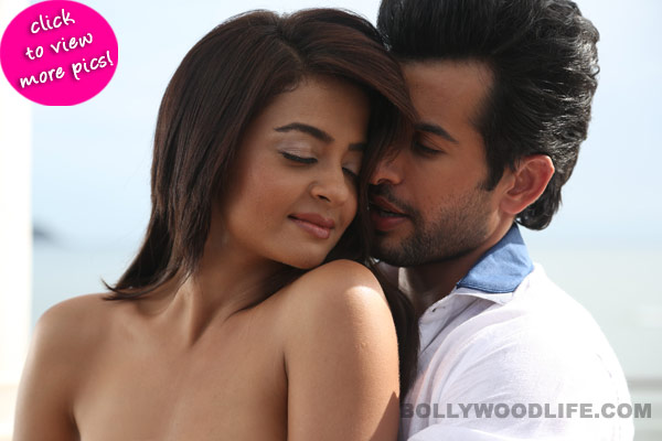Surveen Chawla and Jay Bhanushali's sizzling pics from Hate Story 2