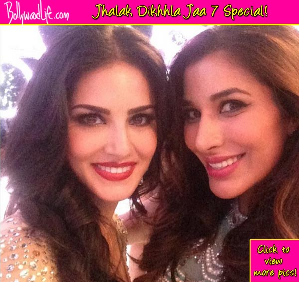 Jhalak Dikhhla Jaa 7: Sunny Leone's selfie moment with Sophie Choudry!